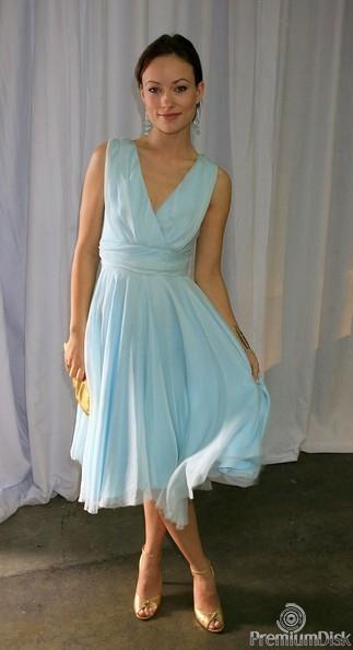 Красивое платье нежно-голубого или небесного цвета поселилось в вашем гардеробе? Трикотажное нежно- голубое платье с