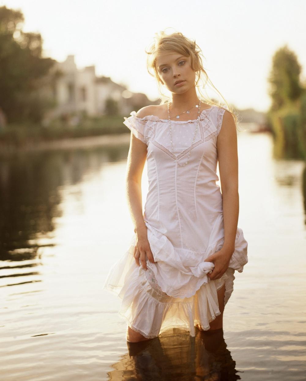 Фото красивые женщины без одежды 3 фотография