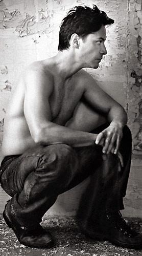 kianu-rivz-eroticheskie-foto