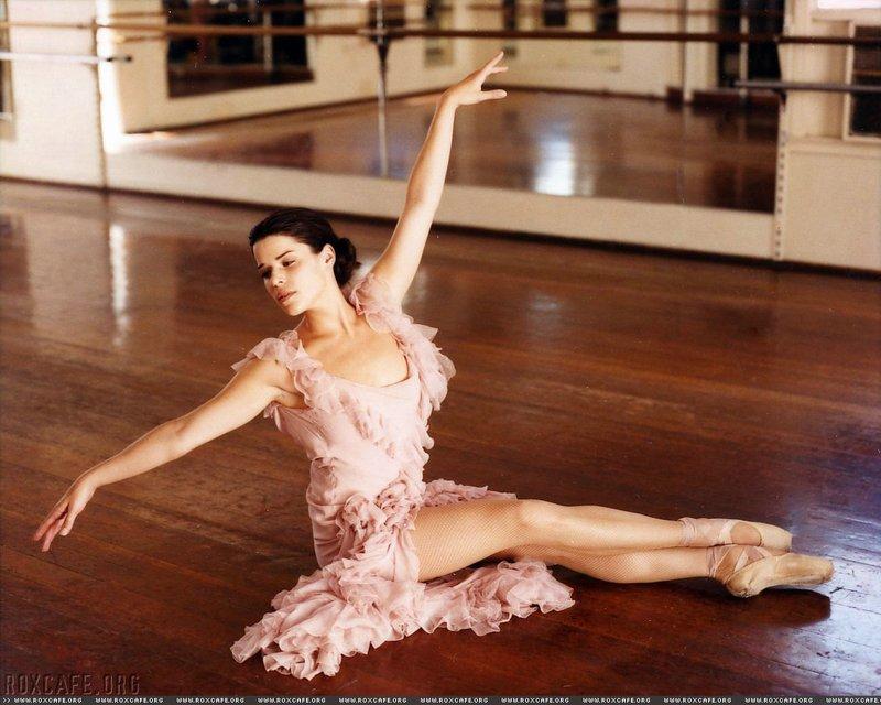 фото связанных балерин