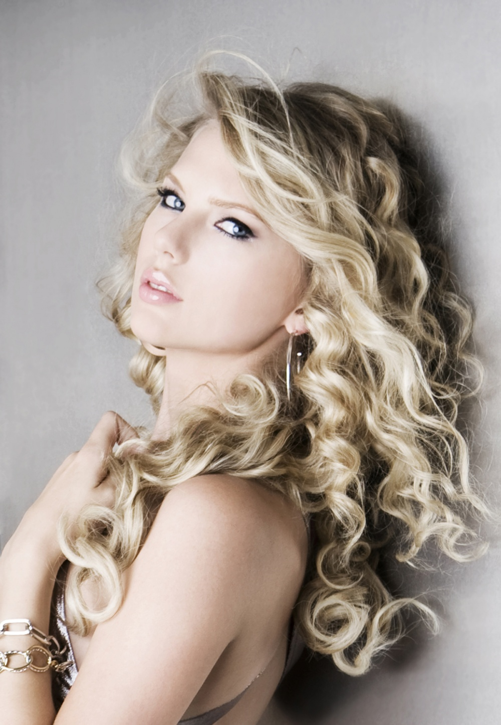Фото худых блондинок с длинными волосами 26 фотография