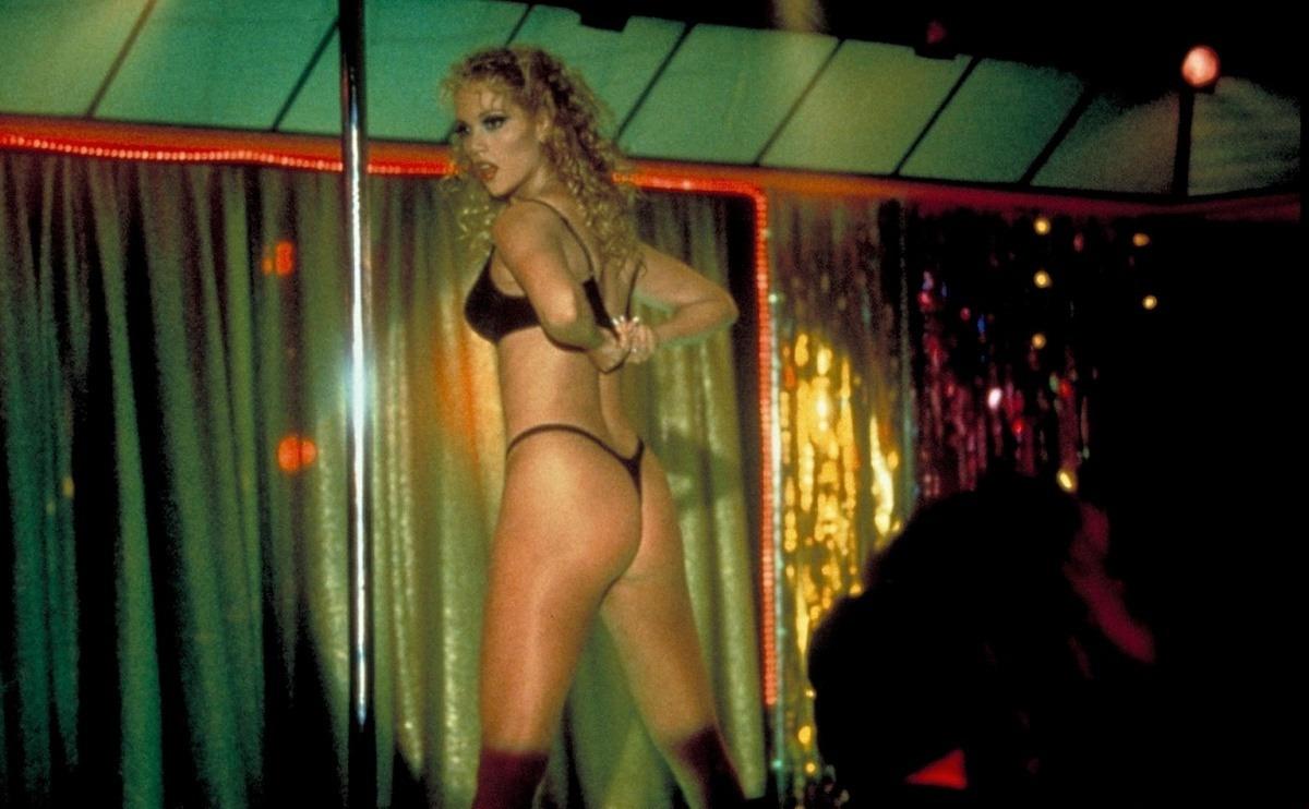 Элизабет беркли сексуалним филме 4 фотография